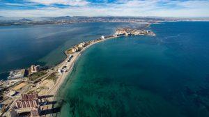 Vista del Mar Menor y el Mar Mediterraneo